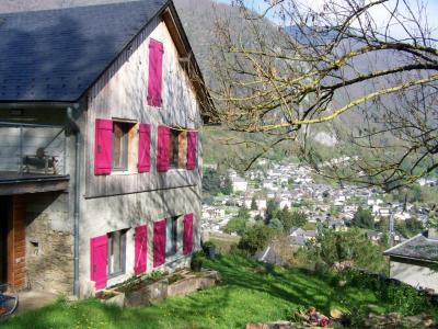Le Baluchon surplombant le village